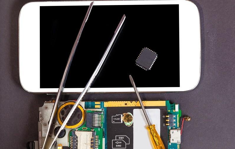 Computer and mobile phone repair