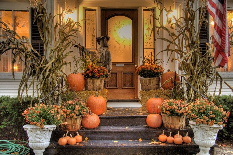 Decorating the house for fall