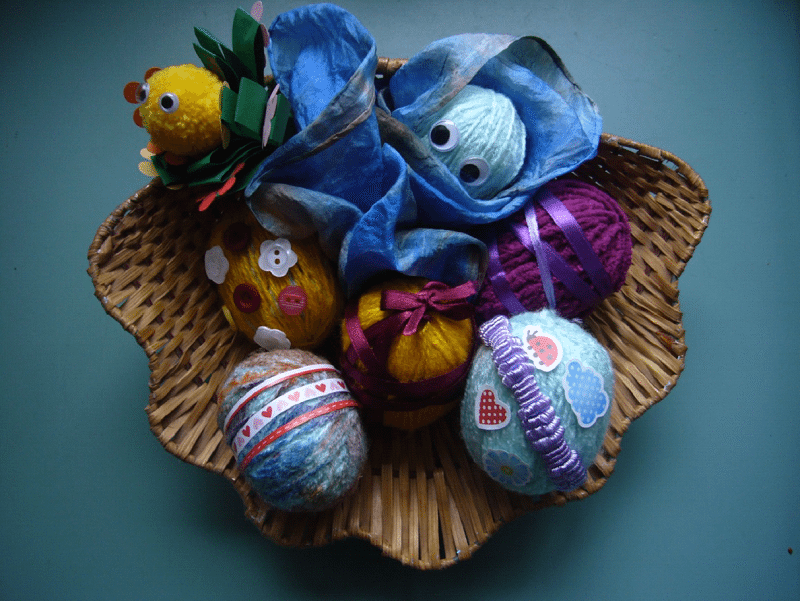 Make These Easter Decorations With Your Kids