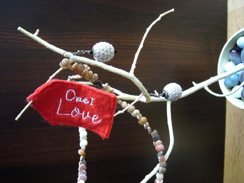 A Jewelry Tree 1