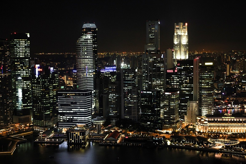 Vibrant Nightlife Spots in Singapore